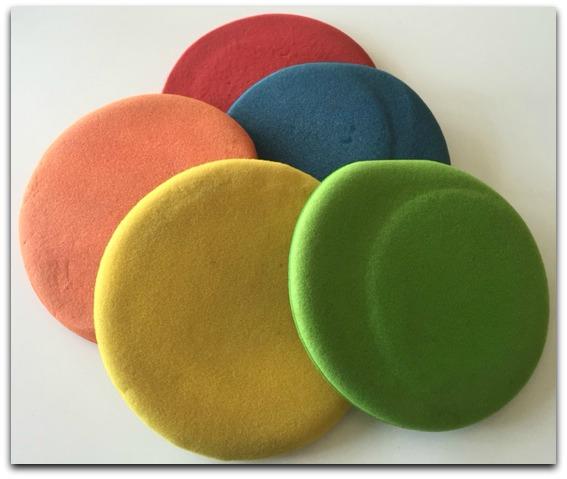 frisbees-border